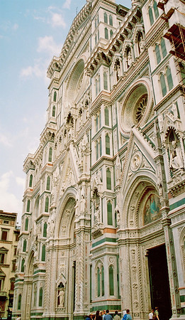 Front of the Duomo in Firenze.