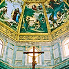 Inside one of the many art / church buildings in Firenze.
