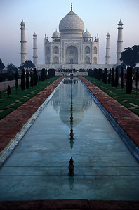 Taj Mahal - Traditional View.