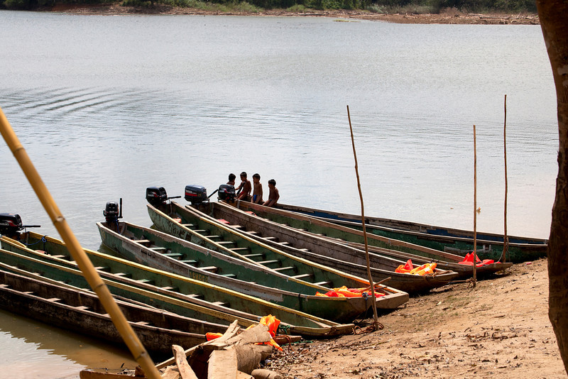 Piraguas, dug out canoes