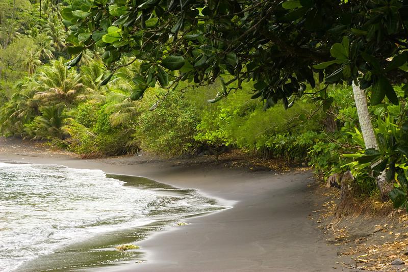 black sand beach tahiti French Polynesia