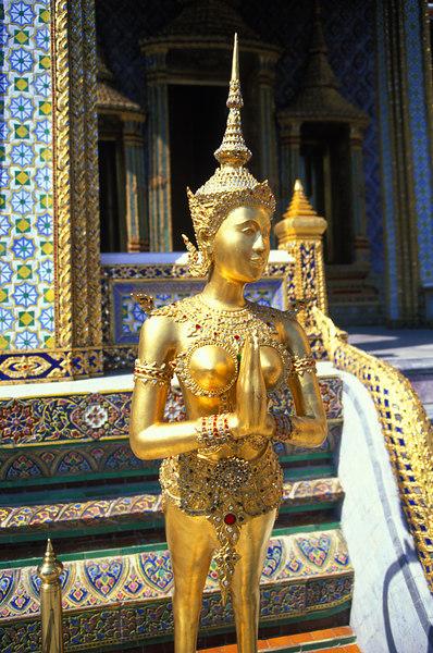 Bangkok - Grand Palace<br /> Wat Phra Kaeo<br /> Apsonsi (half women/half lion)