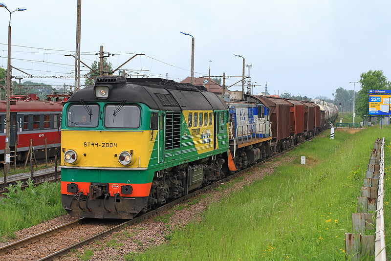 ST44-2004+Sm-085 Head a Freight Through Sedziszow on Tues,4-6-2013.