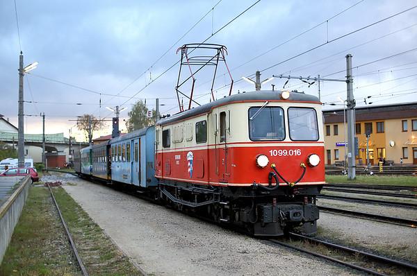 1099 016 St Pölten Alpenbahnhof 18/10/2013 P6805 0730 St Pölten Hbf-Mariazell