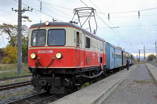 1099 016 Ober Grafendorf 18/10/2013 P6805 0730 St Pölten Hbf-Mariazell