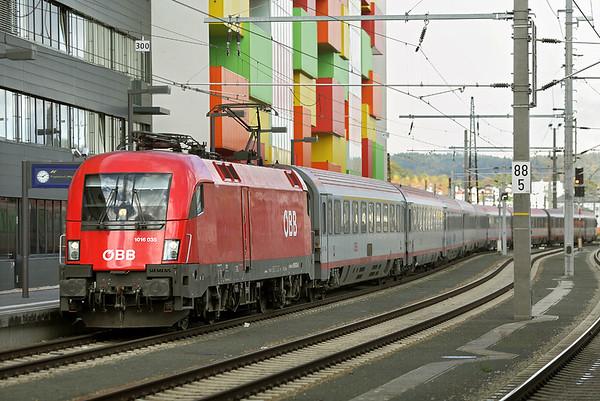 1016 135 Salzburg Hbf 18/10/2013 EC112 1027 Klagenfurt Hbf-Frankfurt (Main) Hbf