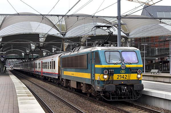 2142 Leuven 6/10/2011 IC1730 0808 Liège Guillemins-Quievrain