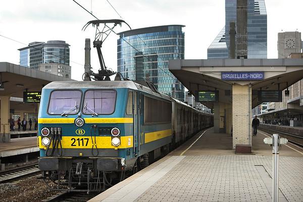 2117 Bruxelles-Nord 7/10/2011 IC8300 1643 Bruxelles Midi-Genk