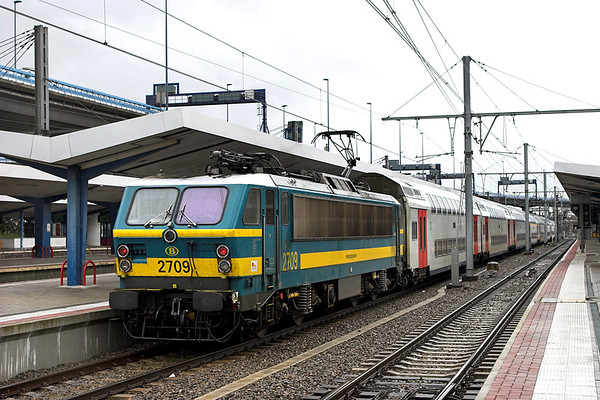 2709 Charleroi Sud 8/10/2011 IC2013 1340 Charleroi Sud-Antwerpen Centraal