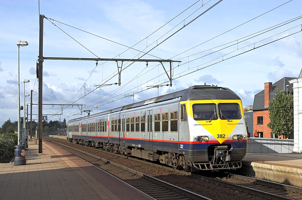 382 Wetteren 7/10/2011 IR4110 1018 Kortrijk-Leuven