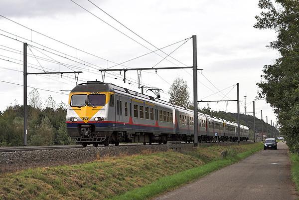 369 and 401, Testelt 6/10/2011 IR2936 1418 Liège Guillemins-Antwerpen Centraal