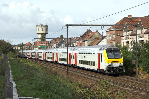 2707 (on rear) Wetteren 7/10/2011 IC2211 1108 Gent St Pieters-Genk