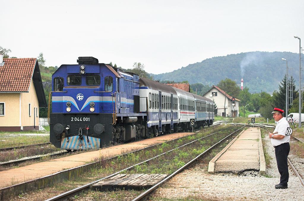 2044 001 Novi Marof 13/9/2010<br /> 995 1700 Kotoriba-Koprivnica