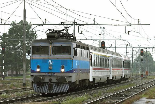 1141 203 Karlovac 12/9/2010 IC500 0635 Zagreb Gl.kol-Rijeka