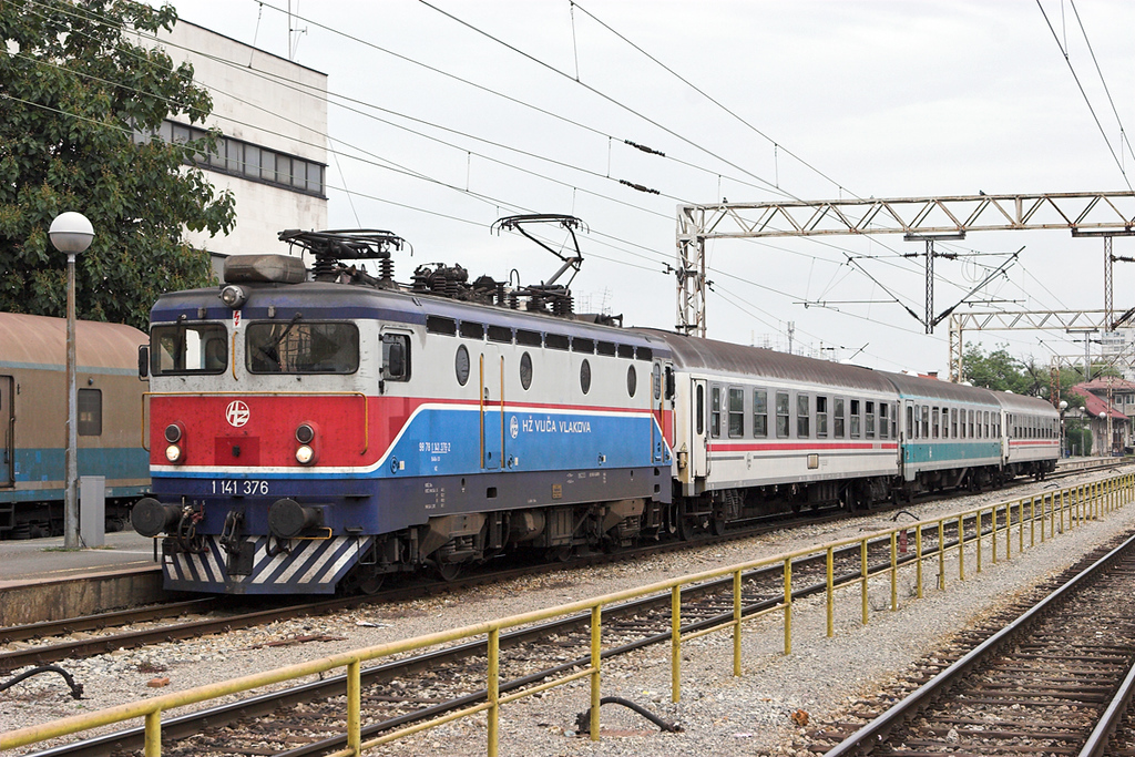 1141 376 Zagreb Gl.kol 11/9/2010<br /> 2018 1142 Vinkovci-Zagreb Gl.kol