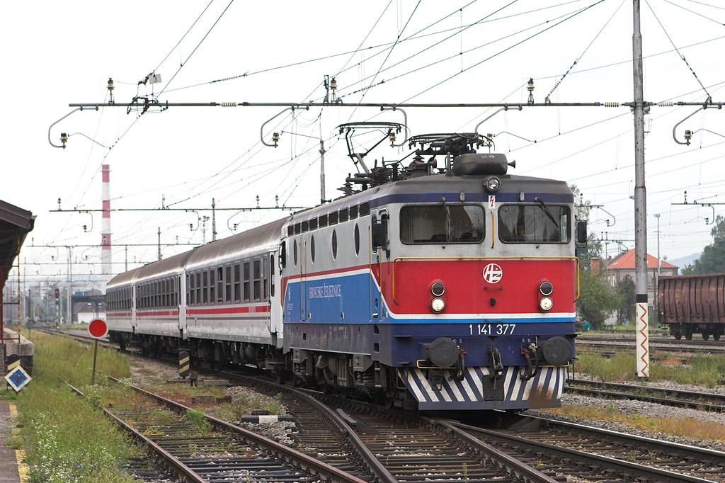 1141 377 Karlovac 14/9/2010<br /> 4055 0625 Moravice-Zagreb Gl.kol