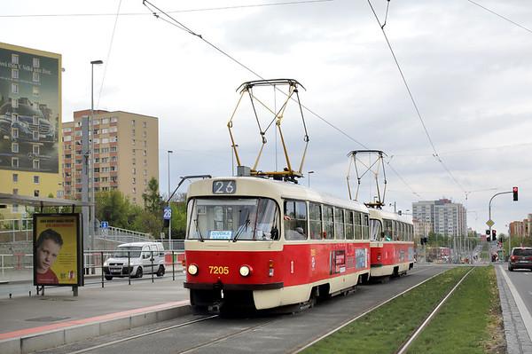 7205 and 7252, Nádraží Veleslavin 1/5/2015