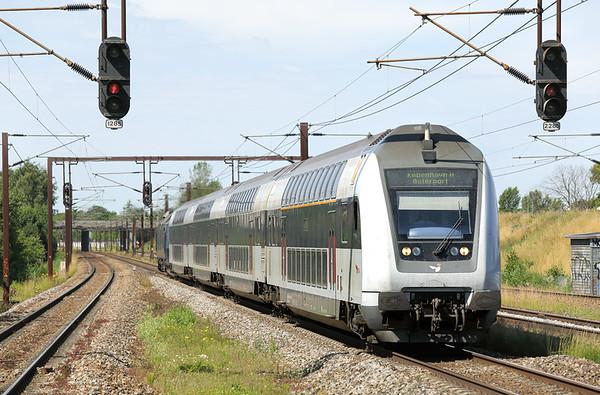 ME1520 (on rear) Trekroner 17/7/2015 RE2524 1046 Holbæk St-Østerport St