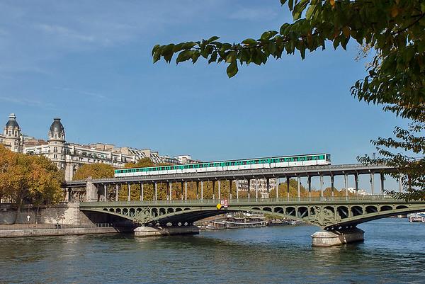6509, Pont de Bir-Hakeim 24/10/2011 Linie 6: Charles de Gaulle Étoile-Nation