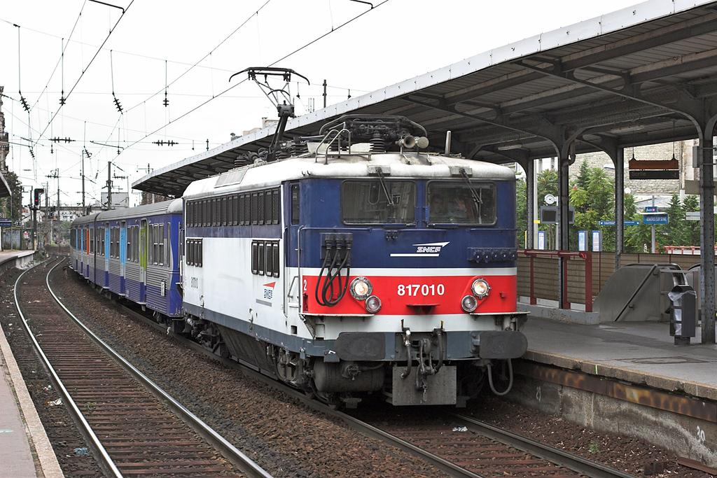 817010 Asnières Sur Seine 14/9/2012<br /> 37072 1256 Gisors Embranchement-Paris St Lazare