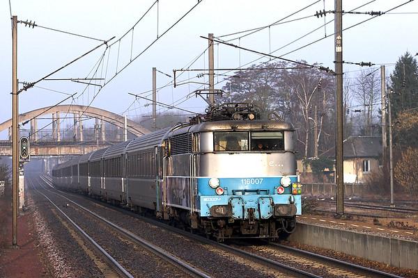 116007 Claremont de L'oise 17/2/2011 12012 0830 Amiens-Paris Nord