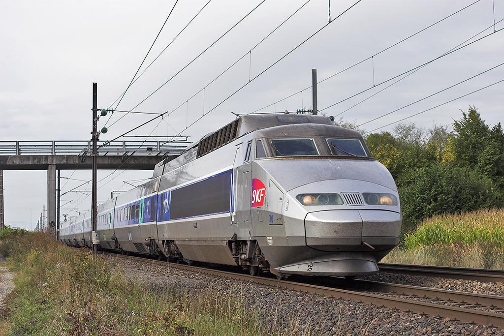 TGV30 Huttenheim 13/9/2012<br /> TGV4650 0600 Lyon Part Dieu-Strasbourg