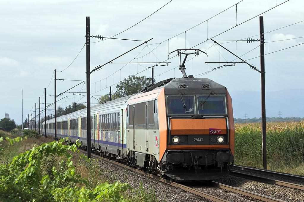 426142 Huttenheim 13/9/2012<br /> 96220 1021 Basel SNCF-Strasbourg