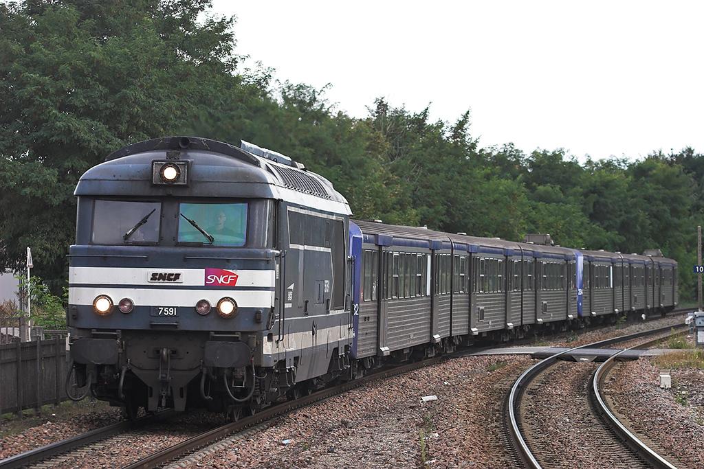 567591 Bischwiller 12/9/2012<br /> 830546 1729 Strasbourg-Wissembourg