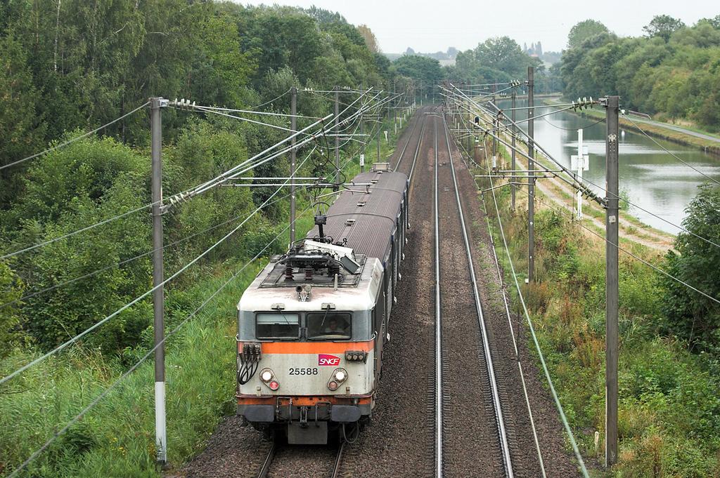 525588 Steinbourg 11/9/2012<br /> 830126 1825 Strasbourg-Saverne