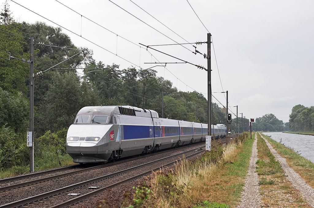 TGV4514 Steinbourg 11/9/2012<br /> TGV2440 1546 Strasbourg-Paris Est
