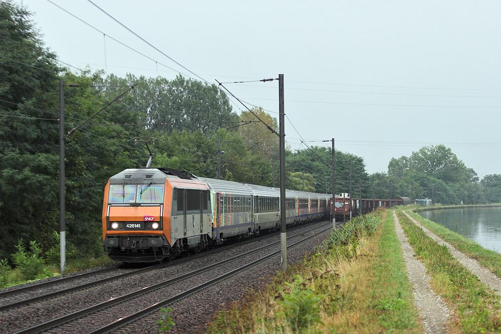 426141 Steinbourg 11/9/2012<br /> 835024 1720 Strasbourg-Nancy Ville
