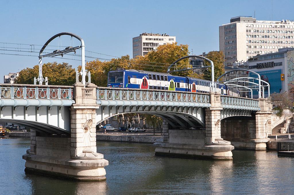 Z21001 Pont Rouelle 24/10/2011<br /> RER C 1421 Montigny Beauchamp-Pont de Rungis