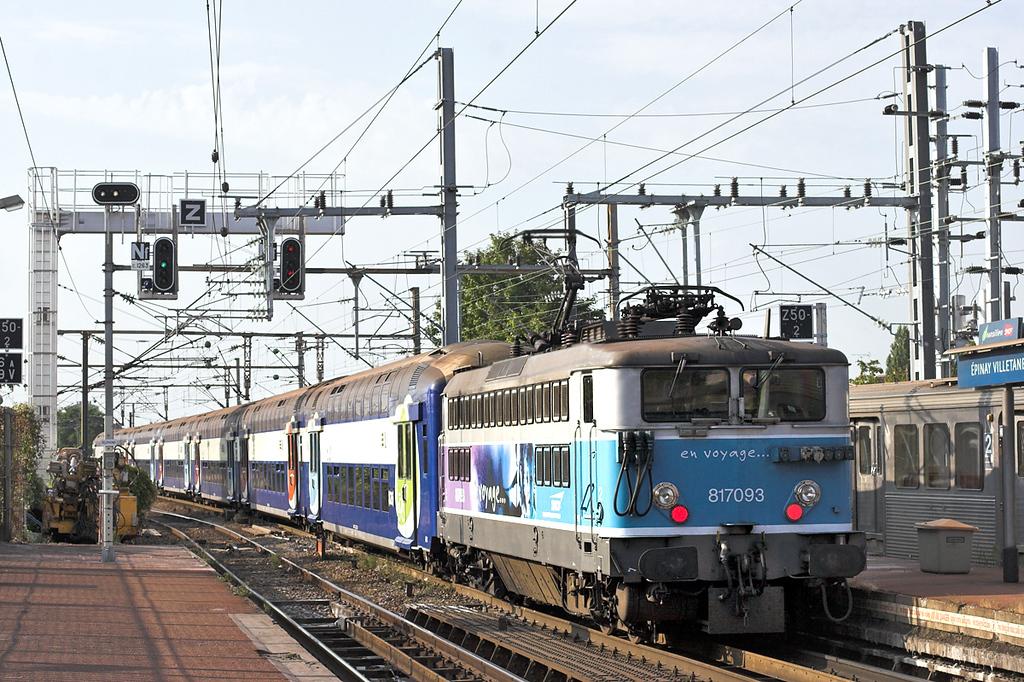 817093 Épinay Villetaneuse 10/9/2012<br /> 23521 1726 Paris Nord-Pontoise