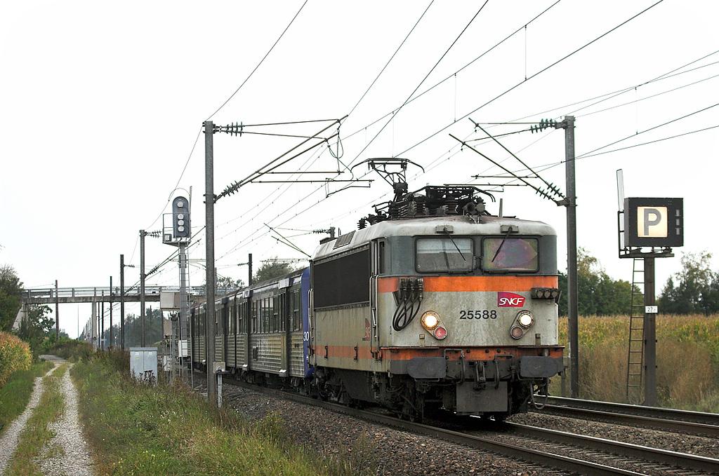 525588 Huttenheim 11/9/2012<br /> 831326 1330 Sélestat-Strasbourg