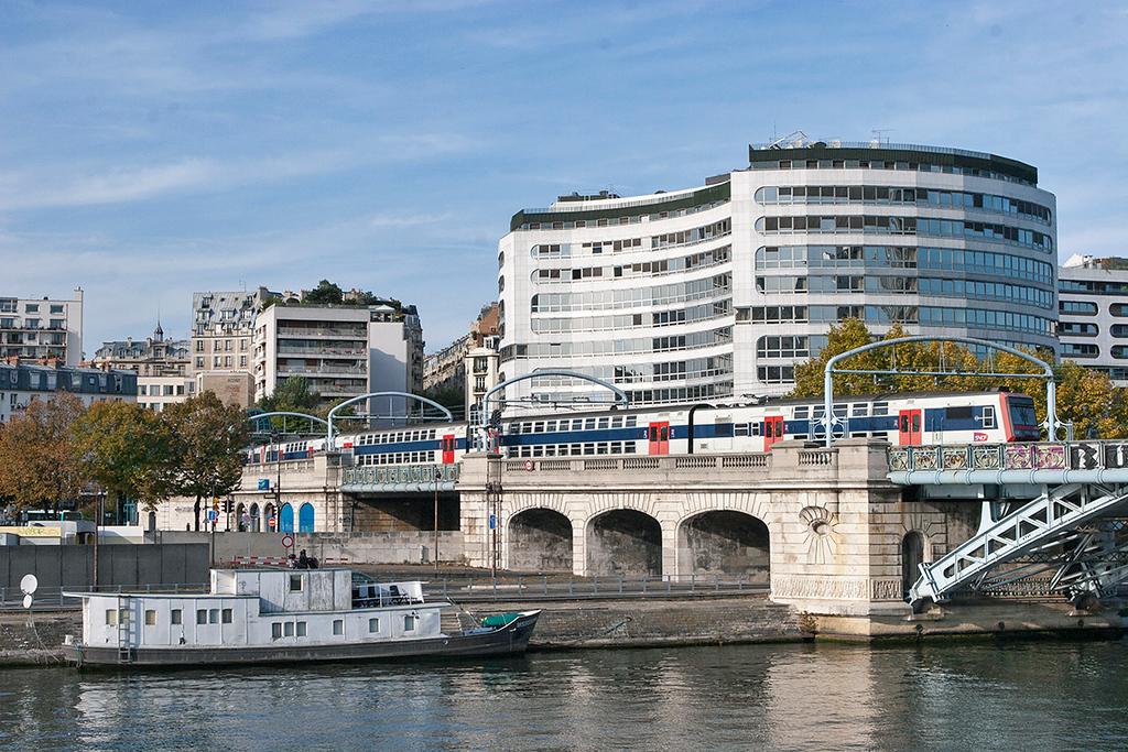 Z20858 Pont Rouelle 24/10/2011<br /> RER C 1434 Massy Palaiseau-Pontoise