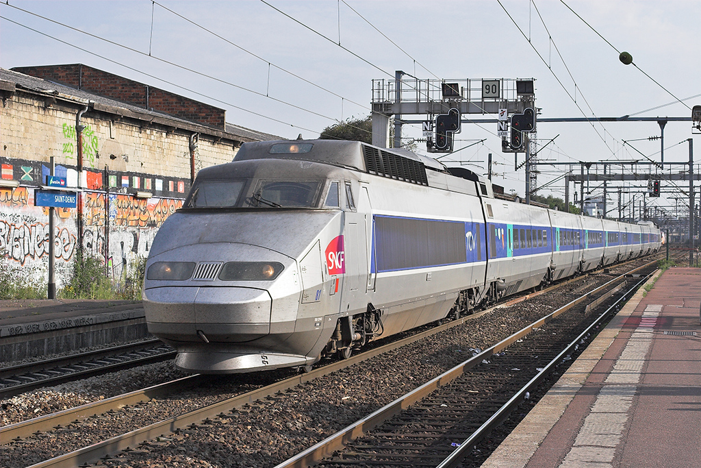 TGV81 Saint-Denis 10/9/2012<br /> TGV7067 1716 Paris Nord-Lille Flandres