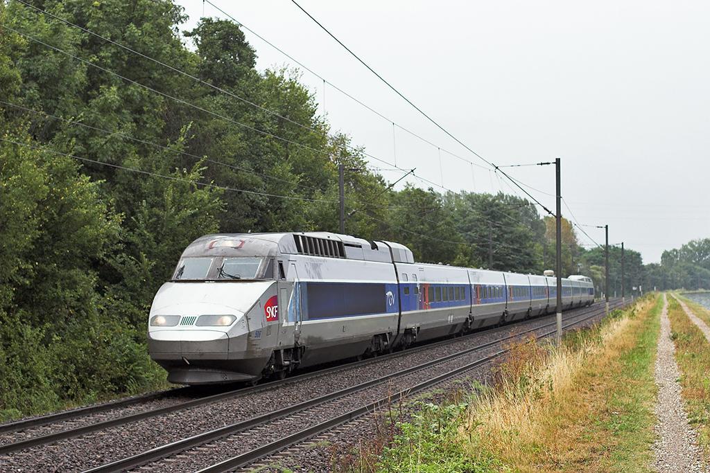 TGV506 Steinbourg 11/9/2012<br /> TGV2360 1614 Colmar-Paris Est
