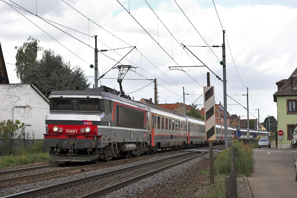 115021 Hochfelden 13/9/2012<br /> IC90 1136 Zürich HB-Bruxelles Midi