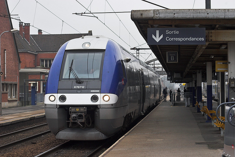 X76712 Hazebrouk 18/2/2011<br /> 44842 1231 Calais Ville-Lille Flandres