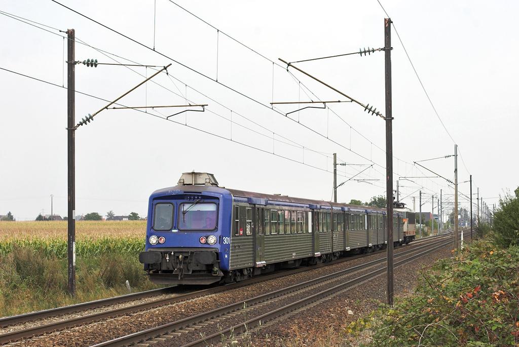 525588 (on rear), Huttenheim 11/9/2012<br /> 831319 1225 Strasbourg-Sélestat
