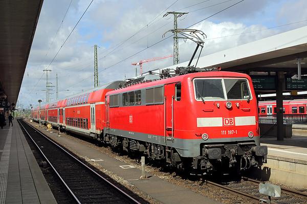 111187 Nürnberg Hbf 30/6/2017 RE59119 1039 Nürnberg Hbf-Augsberg Hbf