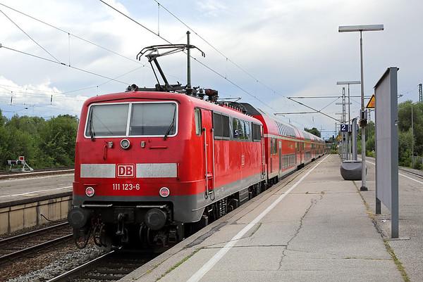 111123 Freising 30/6/2017 RE4863 1536 Nürnberg Hbf-München Hbf