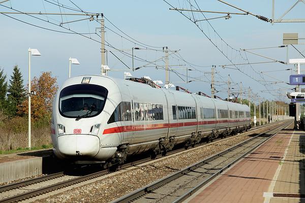 411066 Markersdorf a.d. Pielach 15/10/2013 ICE22 1452 Wien Westbahnhof-Dortmund Hbf