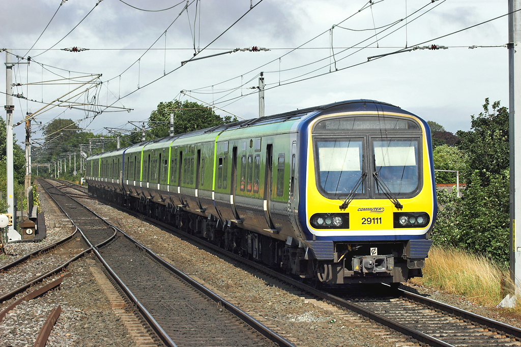 29111 and 29123, Clontarf Road 29/7/2006<br /> 1515 Drogheda-Dublin Connolly