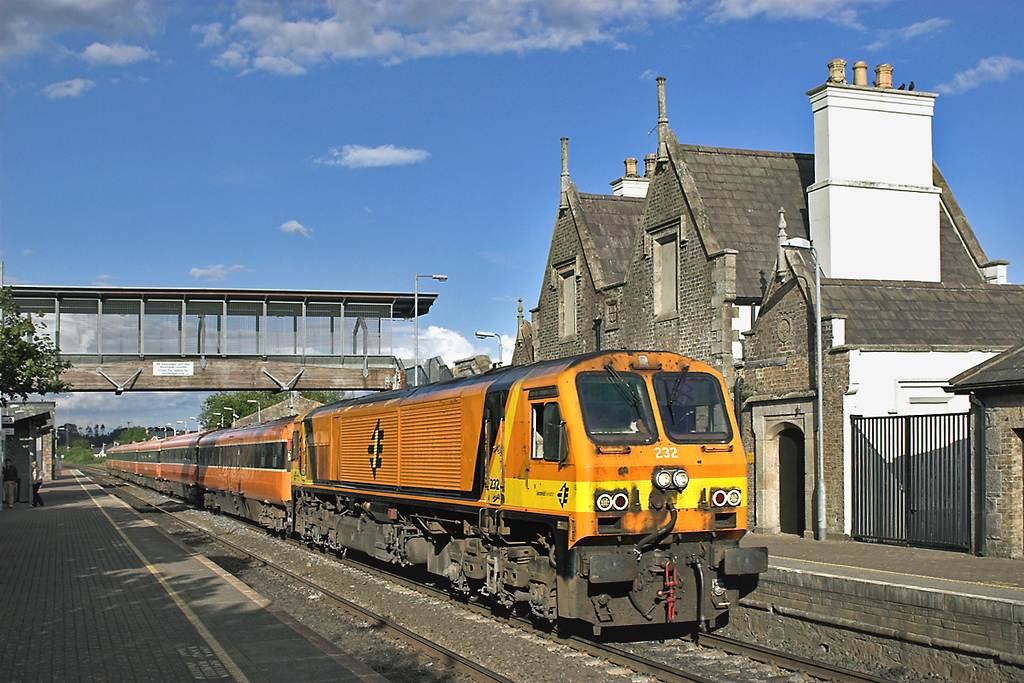 232 Sallins and Naas 26/7/2006<br /> 1830 Dublin Heuston-Tralee