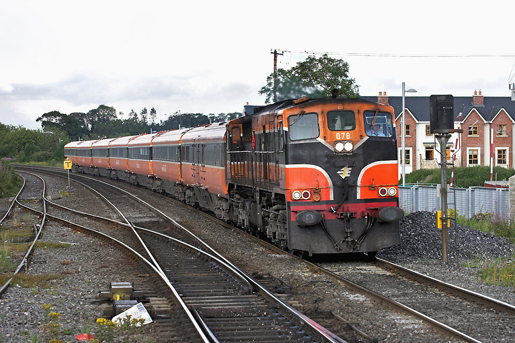 078 Sallins and Naas 26/7/2006<br /> 1825 Dublin Heuston-Waterford
