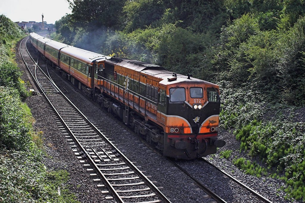 072 Sallins and Naas 26/7/2006<br /> 1500 Galway-Dublin Heuston