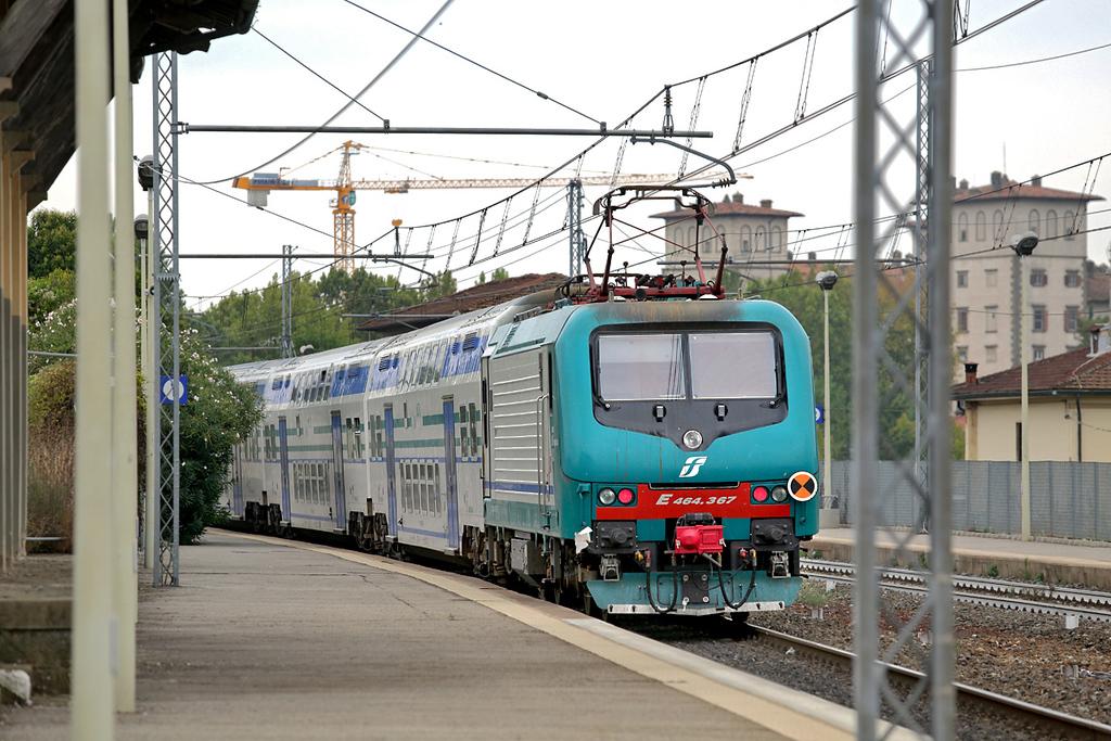 E464-367 Montelupo Capraia 27/9/2013<br /> RV3123 1228 Firenze SMN-Livorno Centrale