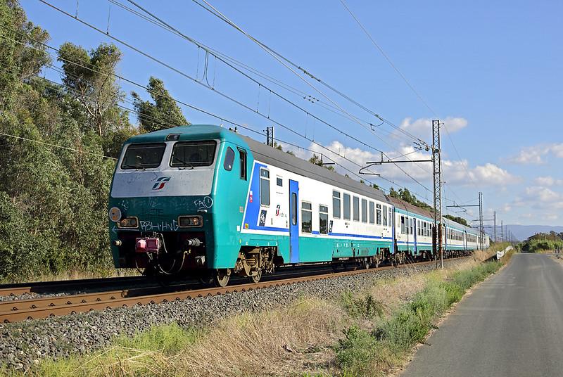 E464-583 (on rear), La California 25/9/2013<br /> R3118 1520 Piombino Marittima-Firenze SMN