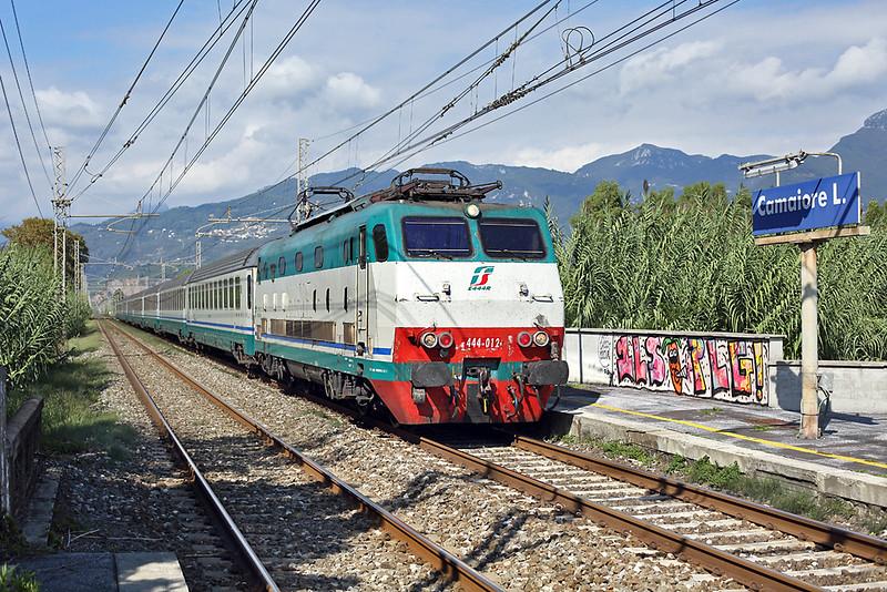 E444-012 Camaiore Lido Capezzano 26/9/2013<br /> IC511 1105 Torino Porta Nuova-Salerno